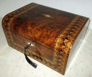 BEAUTIFUL VICTORIAN WALNUT/BANDED WRITING SLOPE secret drawers and key