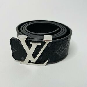 Louis Vuitton Belt two-sided initiales 40 MM  LV *AUTHENTIC NEW *