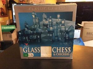 Chess Set Clear Glass with Frosted Glass Playing Pieces In  Box no checkers