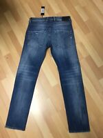 NWD Mens Diesel BELTHER RIPPED SRETCHED Denim 084QP BLUE Slim W31 L32 H6 RRP£150