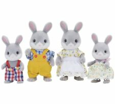 Sylvanian Families - Cottontail Rabbit Family  4030