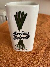 Retro Toni Raymond Spring Onion Pot