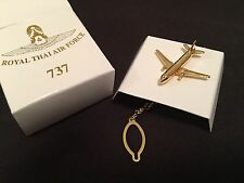 AVIATION TIE PIN BOEING 737 AIRCRAFT PRESENTATION ITEM FROM ROYAL THAI AIR FORCE