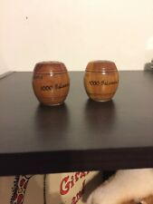 Vintage Salt and Pepper Shakers small 1000 Island NY Barrel Wooden Free Shipping