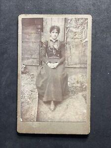 Victorian Carte De Visite CDV: Young Lady Outside Folk Building