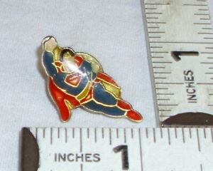 SUPERMAN FLYING ENAMEL CLOISONNE LAPEL OR TIE TACK PIN