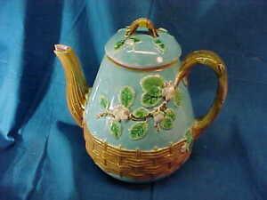 19thc VICTORIAN Era MAJOLICA Floral Basket TEA POT by GEORGE JONES Chip Spout