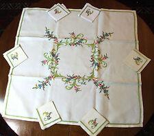 Service à Thé brodé  - nappe et 6 serviettes - broderie multicolore et fil or.