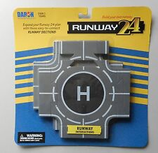 2 Intersection Runway Pieces Runway 24 For Mini Airplane Aircraft Daron Toys