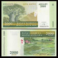 Madagascar 2000 Ariary, 2009, P-90b, UNC
