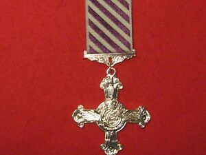 FULL SIZE DISTINGUISHED FLYING CROSS MEDAL DFC MUSEUM COPY MEDAL WITH RIBBON