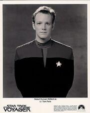 Robert Duncan McNeill Star Trek Voyager 1995 8x10 Photo