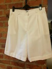 Libra Ladies Tailored Shorts Size 18