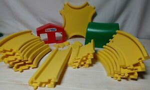 Vintage LITTLE TIKES Toddle Tots CREATIVE RAILWAY ROADWAY Set of 23 PCS Tracks