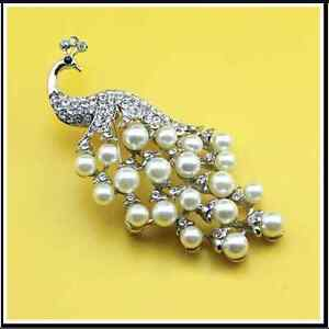 Beautiful Silver Alloy Peacock Rhinestone & Pearl Wedding Party Brooch Pin C020