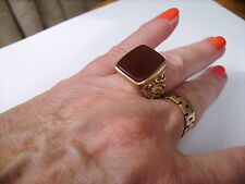 Men's man's Vintage 9 Carat Yellow Gold Carnelian gemstone Signet Ring  UK