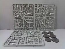 ML BP Warhammer 40,000 Dark Eldar Drukhari 5 Incubi on sprue
