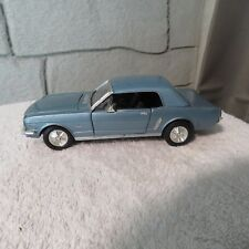 1964 FORD MUSTANG,1:24 SCALE,DIE CAST,#68012