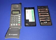 Vintage Motorola Deluxe Alpha Cellphone. Great for collectors or time traveler