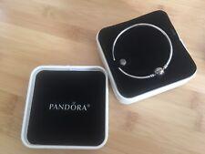 NIB Authentic Pandora Limited Edition Dainty Bow Claps Bangle Bracelet  19CM
