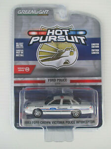 GREENLIGHT HOT PURSUIT- FORD POLICE USA  *1993 FORD CROWN VICTORIA  INTERCEPTOR*