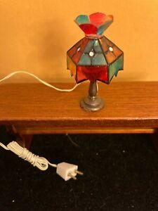 MINIATURE TIFFANY LAMP 1 1/2 PLASTIC. MULTI COLORED
