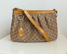 Gucci Schultertaschen mit Innentasche (n)