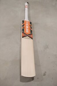 Gray Nicolls Halestorm Cricket Bat