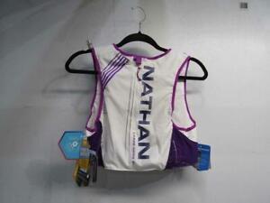 Nathan Women's Hydration Pack Running Vest - VaporHowe 4L & 20 oz Flasks