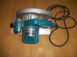 Makita 5007NB 7-1/4 inch Circular Saw - Corded Electric