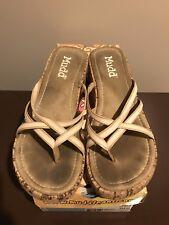 134ba778d09 Mudd Women s 10 White Canvas Sandal Shoes