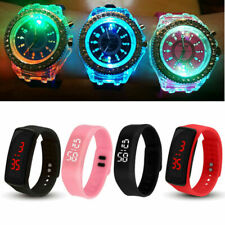 Reloj de cuarzo LED Digital Reloj Deportivo con retroiluminación Flash De Silicona De Niño Niña Niños UK