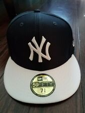 New Era 59Fifty New York NY Yankees Game Fitted Hat MLB Cap 7 3/8 Brand New