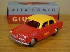HACHETTE MERCURY TOYS BERN TAXI ALFA ROMEO GIULIETTA RED CAR MODEL LY10 1:48