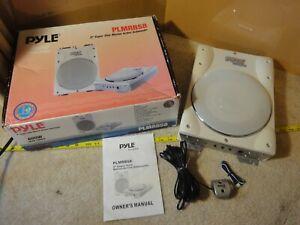 """Pyle model PLMRBS8, 600 Watt Power Peak 8"""" Super Slim Marine Subwoofer kit."""