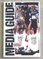 SAN ANTONIO SPURS NBA BASKETBALL MEDIA GUIDE - 1999 2000 - NEAR MINT