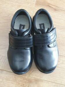 Hush Puppies Josh Garçons Cuir Noir Touch Attachez School Shoes
