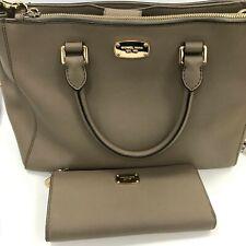 Michael Kors Handbag Purse Set Women Beige Leather Tote Shoulder Zip Up 281821