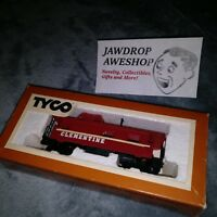Vintage HO Tyco Caboose Clementine 327-50 - MISSING CAR CONNECTORS (COUPLERS)
