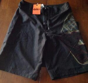 NEW NIKE 6.0 Waist Tie Black Board Shorts Swim & Surfing Boy's Size 28 Waist
