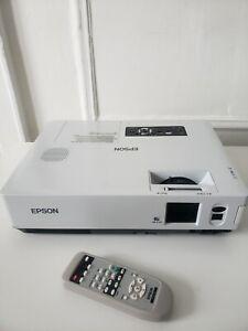 Epson EMP-1815 LCD Projector Read Description