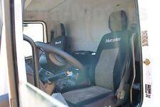 1+1 Mercedes Atego LKW Maßgeschneiderte Sitzbezüge Kopfstütze schwarz/grau