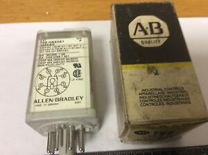Allen Bradley 700-HA32A1 Control Relay, 10A, 120VAC, 50/60Hz