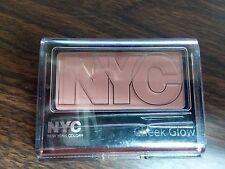 NYC Cheek Glow Powder Blush - 655 Central Park Pink