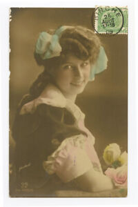 c 1909 Glamour Glamor SMILING YOUNG BEAUTY Pretty Lady Vintage photo postcard