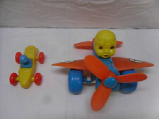 AMAZING VINTAGE RARE AIR FORCE PULL PENNY TOY PLASTIC PLANE & PILOT 60's & Car
