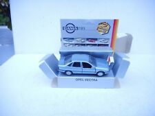 GAMA 1161 Opel Vectra 1:43 perfect condition In Softley Blue M BOX