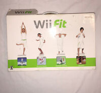 Wii Fit Nintendo Balance Board Bundle W/ Game In Original Box TESTED & WORKING!