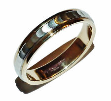 Fully Hallmarked 9ct 2 Colour Gold Patterned Wedding Band Ring - UK Size: N 1/2