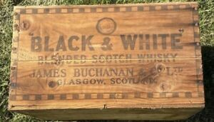 """Vintage """"Black & White"""" Blended Scotch Whiskey Wooden Crate"""